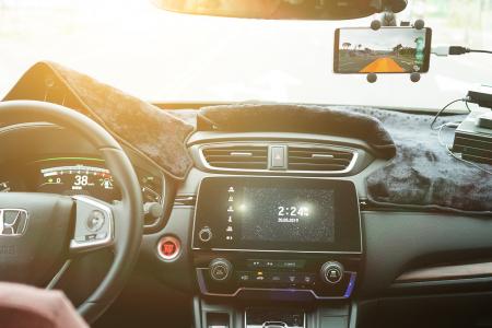 Computex 2019: VIA führt die weltweit erste Smartphone-basierte Fahrerassistenz-App ein