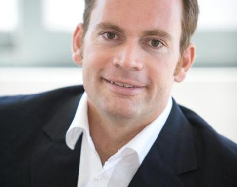 5 Sterne Redner Neidhart sieht Arbeitszeiterfassung kritisch