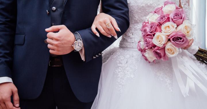 Hochzeitskleidung für Braut & Bräutigam
