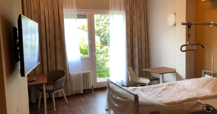 Neue Zimmer im Vier-Sterne-Komfort in der MEDICLIN Robert Janker Klinik eröffnet