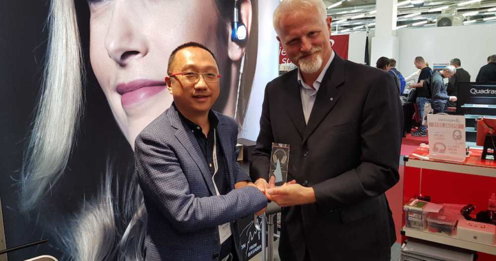 """ULTRASONE verleiht """"Distributor Of The Year"""" Award 2019 an chinesischen Vertriebspartner"""