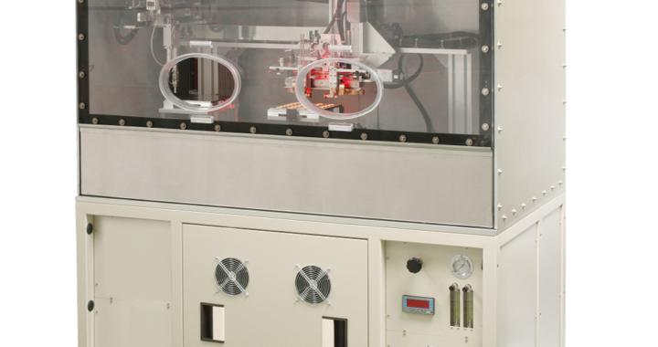 Nahtschweißanlage für Sensoren und Hybrid-Mikroelektronik