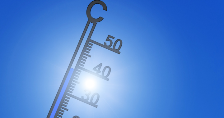Boniversum-Auswertung zeigt: Sommerferien und Hitze – keine gute Kombination für den Online-Handel