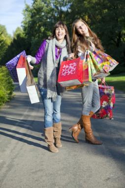 Papiertragetaschen als umweltfreundliche und vielseitige Lösung im Einzelhandel