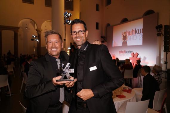 Oscar der Schuhbranche: schuhplus erhält schuhkurier AWARD 2019
