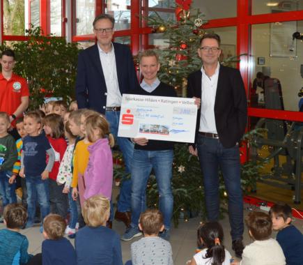 Ratinger IT-Systemhaus bluvo engagiert sich mehrfach beim Turn- und Sport-Verein 08 Lintorf