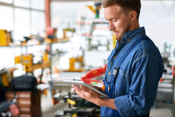 """""""FACTUREE – Der Online-Fertiger"""" nimmt mit ISO 9001-Zertifizierung Vorreiterrolle im Markt ein"""