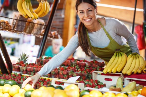 Biologisch abbaubare Serviceverpackungen für den Obst- und Gemüseverkauf