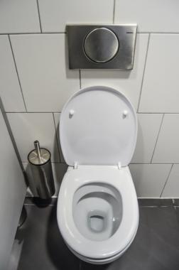 Toilette verstopft – hilfreiche Tipps
