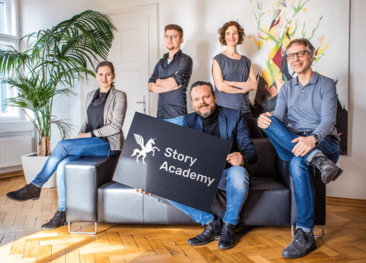 Agentur CMM startet Story Academy