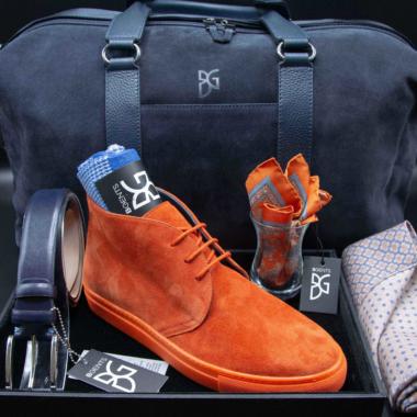 Kompletter Look: Schuhe, Taschen, Gürtel und Accessoires für Männer