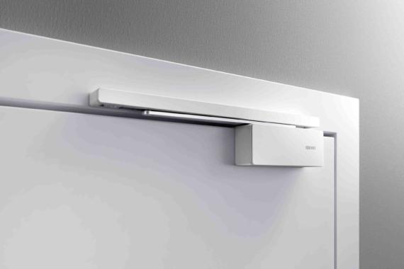 Schluss mit knallenden Türen: GEZE bietet komfortable Türdämpfung