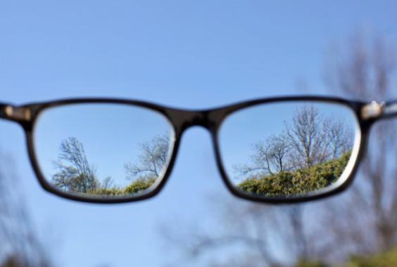 IVOM – Hilfe bei Makuladegeneration vom Augenarzt in Mainz