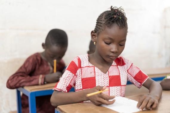 Schulunterricht statt Kinderarbeit