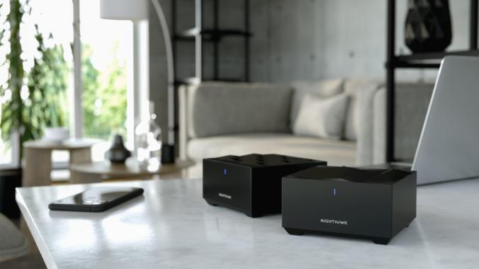 Das kleine Schwarze: NETGEAR® präsentiert WiFi 6 Mesh-WLAN-System mit Spitzenleistung in elegantem Design und zum attraktiven Preis