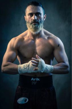 CBD-Öl Erfahrungen des WBC-Asia-Box Champions Ünsal Arik