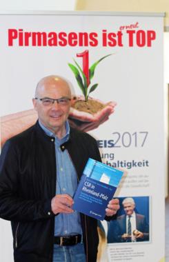 CSR aus kommunaler Perspektive: Pirmasenser Modell in neuem Fachbuch zur Nachhaltigkeit in Rheinland-Pfalz