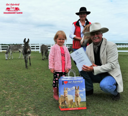 Ballermann Ranch – 1. Kinder-Botschafterin der geretteten Tiere ernannt