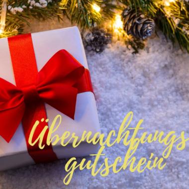 Was schenke ich zu Weihnachten? Wie wäre es mit einem Übernachtungsgutschein in einem Reethaus am Meer mit Sauna Kamin Wlan Waschmaschine bis 8 Person