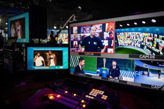 """Teilnehmer aus über 100 Ländern und neuer Guiness-Rekord: Kindersozialprojekt """"Football for Friendship"""" vereint Kinder aus aller Welt"""