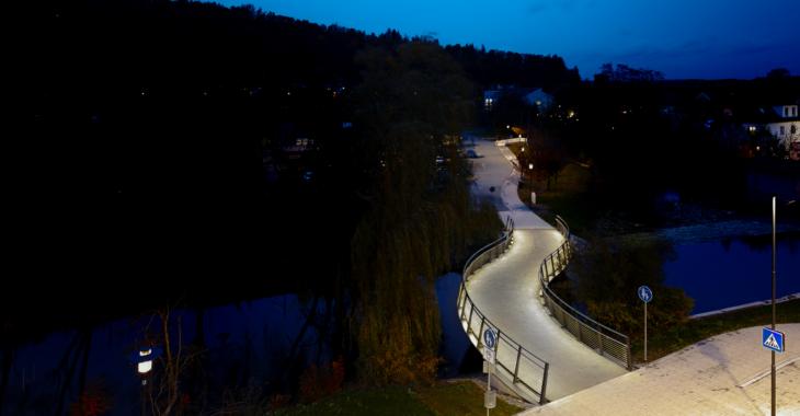 Moderner Brückenbau setzt auf nachhaltige Lichtlösungen von LUX GLENDER
